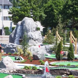 mini golf Seattle