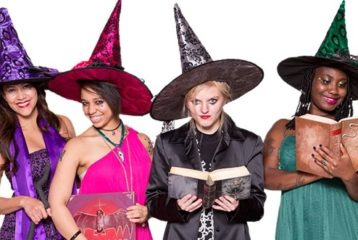 halloween costumes: witches in pointy hats