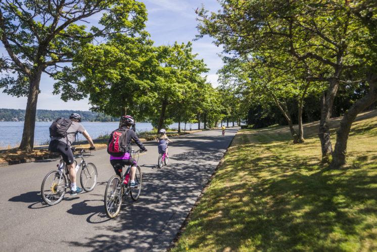 Lake Washington Boulevard closed